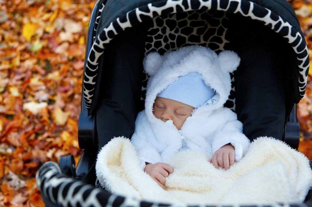 What bedding do you put in a pram?